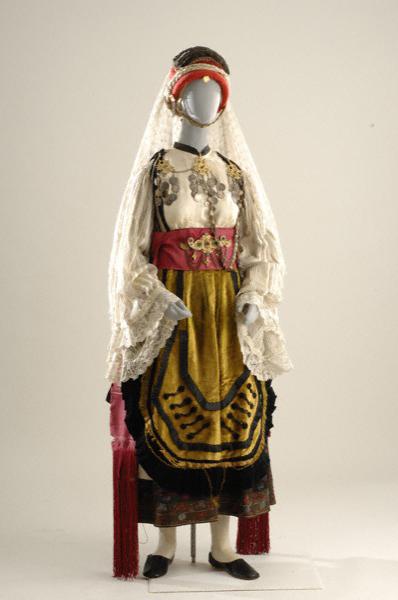 Η φορεσιά της Αγιάννας