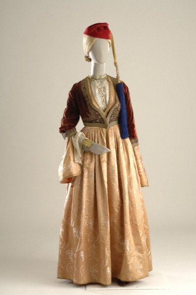 Η φορεσιά της Αμαλίας