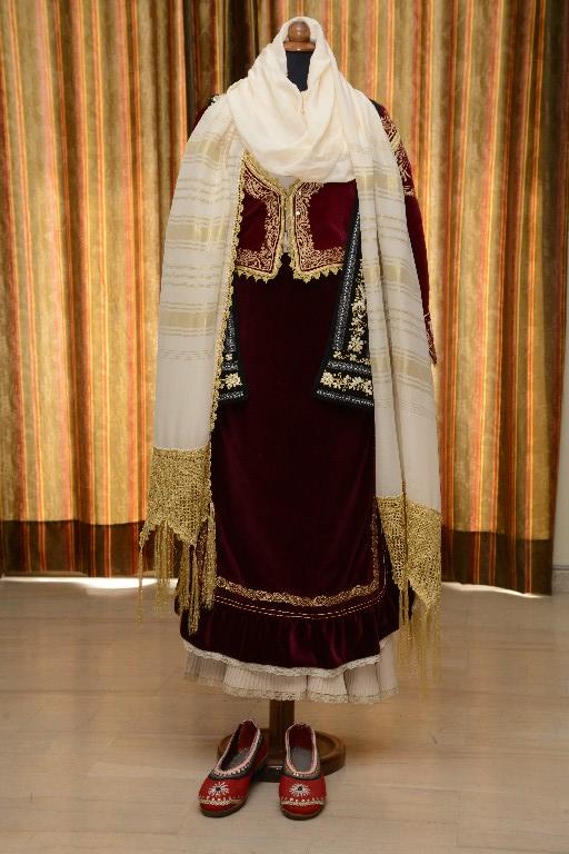 Η φορεσιά της Μάνδρας
