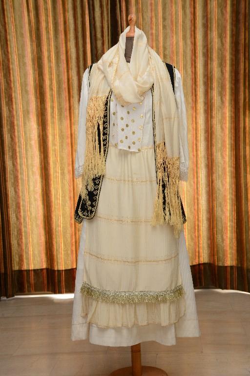 Η φορεσιά της Τανάγρας